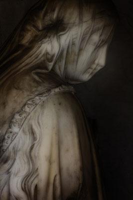Vor der Tür - © Helga Jaramillo Arenas - Fotografie und Poesie / Juni 2018