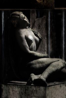 Gänzlich erschöpft II. - © Helga Jaramillo Arenas - Fotografie und Poesie / Juni 2018