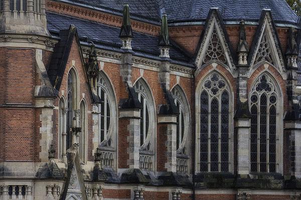 Kirchenfenster - © Helga Jaramillo Arenas - Fotografie und Poesie / November 2017