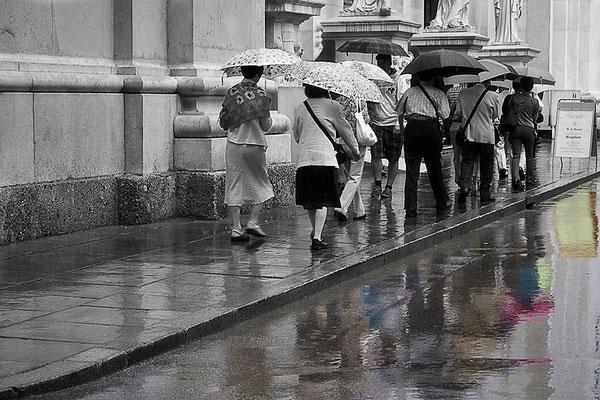 Die Farben des Regens -  © Helga Jaramillo Arenas - Fotografie und Poesie / April 2013