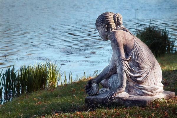 Das Mädchen am See - © Helga Jaramillo Arenas - Fotografie und Poesie / Mai 2015