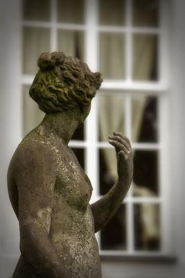 Am Fenster - © Helga Jaramillo Arenas - Fotografie und Poesie / Juni 2014