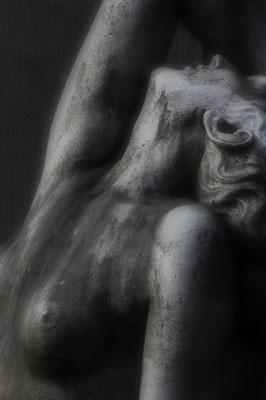 Ergeben II. - © Helga Jaramillo Arenas - Fotografie und Poesie / Mai 2018