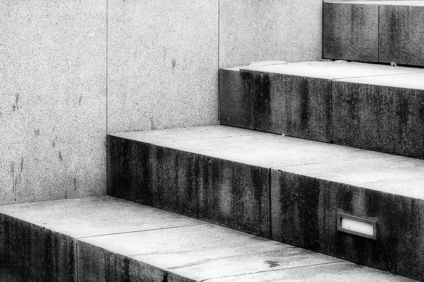 Stufen II. - © Helga Jaramillo Arenas - Fotografie und Poesie / Februar 2018