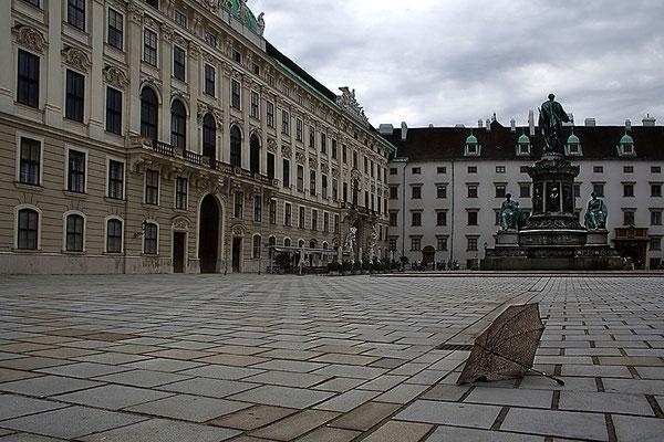 Vor dem Sturm / Wien - © Helga Jaramillo Arenas - Fotografie und Poesie / August 2011