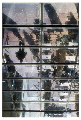 Auf den Kopf gestellt - © Helga Jaramillo Arenas - Fotografie und Poesie / April 2012
