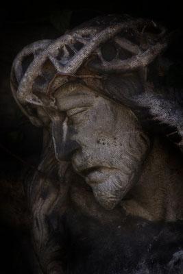 Schmerzende Last - © Helga Jaramillo Arenas - Fotografie und Poesie  / Juli 2015