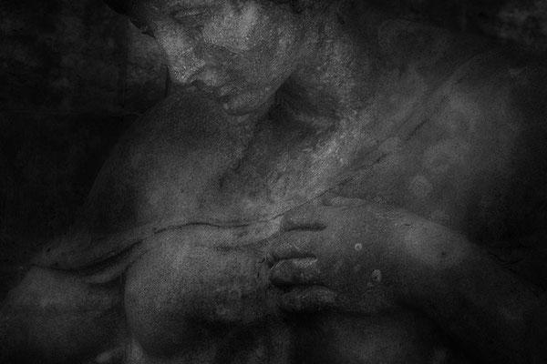 In die Stille gehen -  © Helga Jaramillo Arenas - Fotografie und Poesie / April 2021