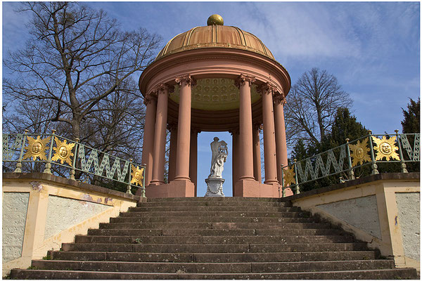 Am Tempel des Apoll / Schloßgarten Schwetzingen - © Helga Jaramillo Arenas - Fotografie und Poesie / April 2015