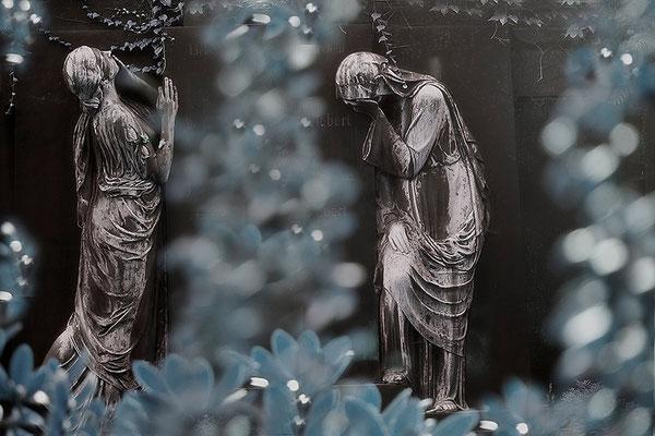 Das Entsetzen und die Traurigkeit über den allgegenwärtigen Tod - © Helga Jaramillo Arenas - Fotografie und Poesie / September 2015