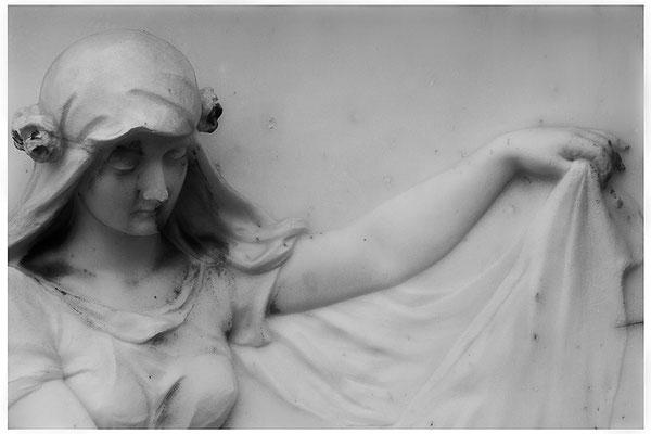Behütet im Schlaf (1) - © Helga Jaramillo Arenas - Fotografie und Poesie / August 2012