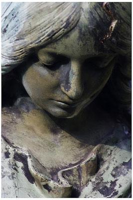 Gänzlich verlassen - © Helga Jaramillo Arenas - Fotografie und Poesie / August 2012