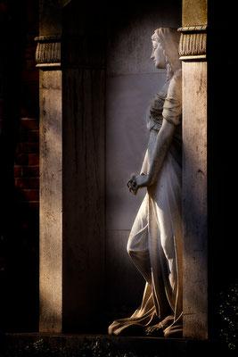 Die Kraft in der Stille finden - © Helga Jaramillo Arenas - Fotografie und Poesie  / Juli 2015