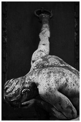 Die Schwere des Loslassens (3) - © Helga Jaramillo Arenas - Fotografie und Poesie / Dezember 2011