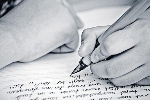 Die Sprache der Hände (2) - © Helga Jaramillo Arenas - Fotografie und Poesie / August 2013