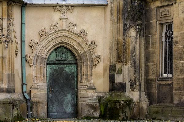 Die geschlossene Hintertür - © Helga Jaramillo Arenas - Fotografie und Poesie / Oktober 2017