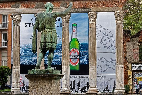 Corso di Porta Ticinese (1)  / Mailand - © Helga Jaramillo Arenas - Fotografie und Poesie / Juni 2013