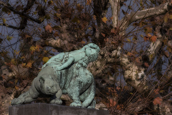Die Entführung / Darmstadt Mathildenhöhe - © Helga Jaramillo Arenas - Fotografie und Poesie / November 2017
