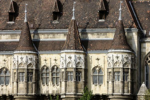 Burg Vajdahunyad in Budapest - © Helga Jaramillo Arenas - Fotografie und Poesie / Februar 2018