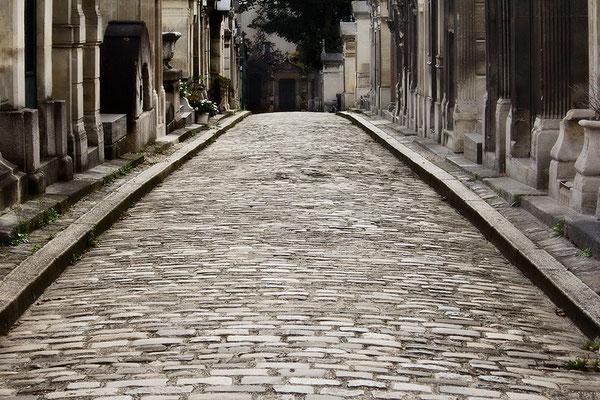 Stadt der Toten (2) - © Helga Jaramillo Arenas - Fotografie und Poesie / Oktober 2015