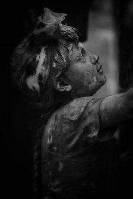 Gutes Kind, sollst leise sein - © Helga Jaramillo Arenas - Fotografie und Poesie / August 2018