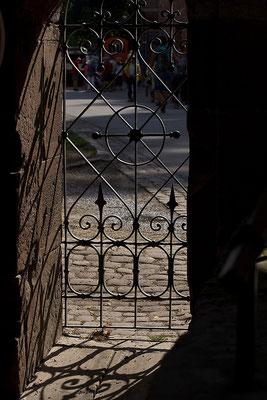 Schattenspiele - © Helga Jaramillo Arenas - Fotografie und Poesie / August 2015