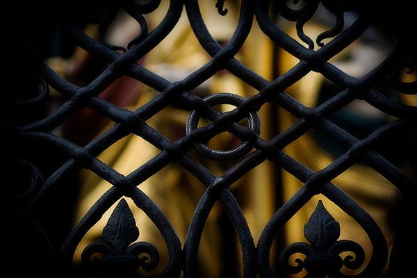 Der schwarze Ring - © Helga Jaramillo Arenas - Fotografie und Poesie / Juni 2011