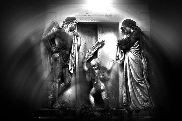 Der letzte Weg - © Helga Jaramillo Arenas - Fotografie und Poesie  / August 2015