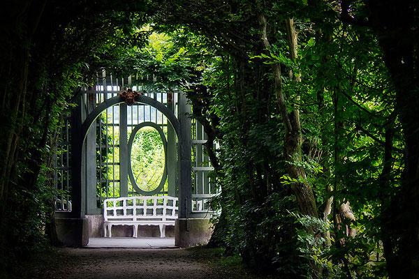 Ich weiß um einen geheimen Garten / Veithöchsheim - © Helga Jaramillo Arenas - Fotografie und Poesie / Juni 2014