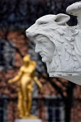 Der gestrenge Bewacher / Schloßgarten Schwetzingen - © Helga Jaramillo Arenas - Fotografie und Poesie / April 2015