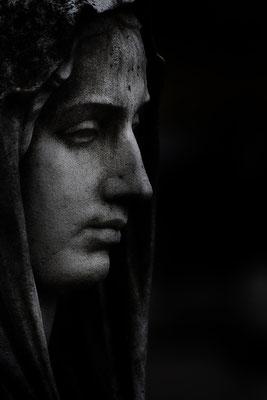 Verschwiegen - © Helga Jaramillo Arenas - Fotografie und Poesie / Januar 2016