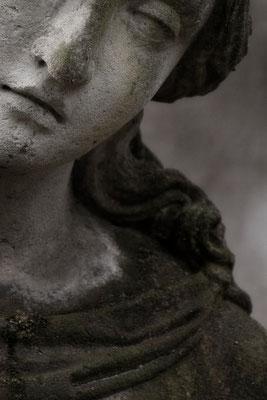 Trägst Leid im Angesicht - © Helga Jaramillo Arenas - Fotografie und Poesie  / Juni 2015