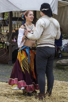 Der Tanz/Mittelalterfest auf der Ronneburg 2017 - © Helga Jaramillo Arenas - Fotografie und Poesie / Oktober 2017