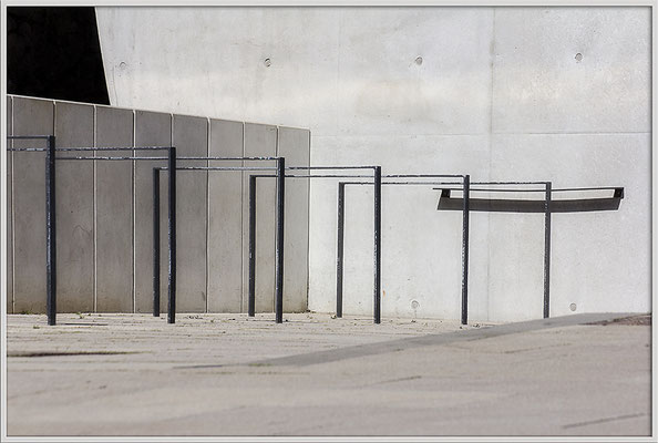 Sich selbst überlassen - © Helga Jaramillo Arenas - Fotografie und Poesie / Mai 2020