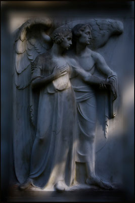 Umgeben von zärtlichem Licht (3) - © Helga Jaramillo Arenas - Fotografie und Poesie  / Oktober 2012