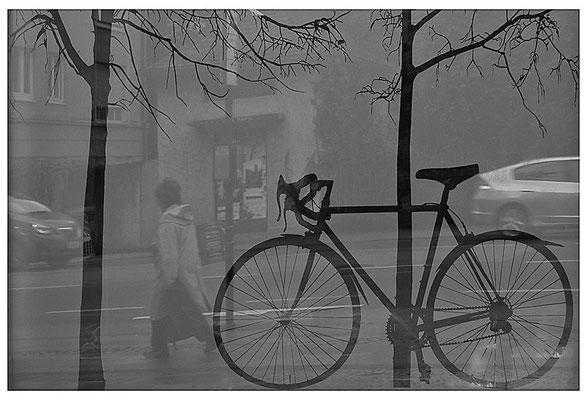 Geschichten vom Rad (1)- © Helga Jaramillo Arenas - Fotografie und Poesie / April 2013