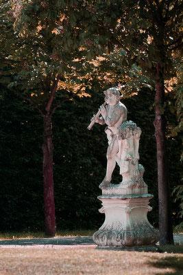 Ein leiser Ton im Garten der Träume / Schloß Seehof Memmelsdorf - © Helga Jaramillo Arenas - Fotografie und Poesie / Juni 2015