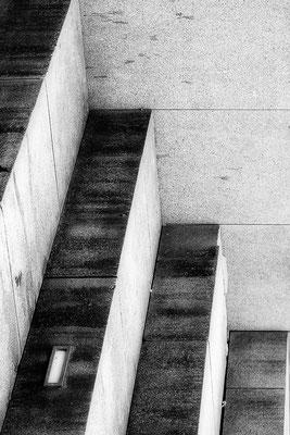 Stufen - © Helga Jaramillo Arenas - Fotografie und Poesie / Februar 2018