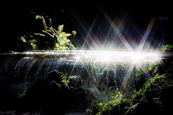 Magie von Wasser und Licht - © Helga Jaramillo Arenas - Fotografie und Poesie / Oktober 2013