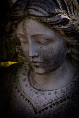 In Schweigen gehüllt - © Helga Jaramillo Arenas - Fotografie und Poesie / Mai 2015
