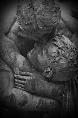 Der schmerzlichste Abschied (1) - © Helga Jaramillo Arenas - Fotografie und Poesie  / April 2013