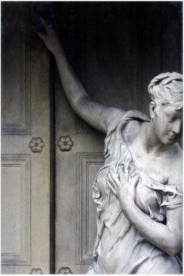 Der einsame Weg - © Helga Jaramillo Arenas - Fotografie und Poesie / Januar 2014