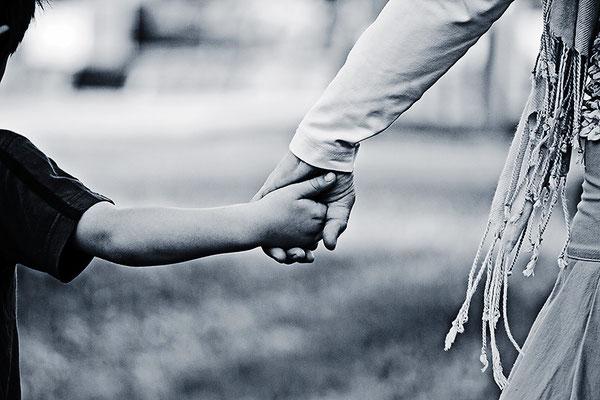 Die Sprache der Hände (1) - © Helga Jaramillo Arenas - Fotografie und Poesie / August 2013