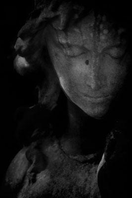 Im Schweigen - © Helga Jaramillo Arenas - Fotografie und Poesie / September 2016
