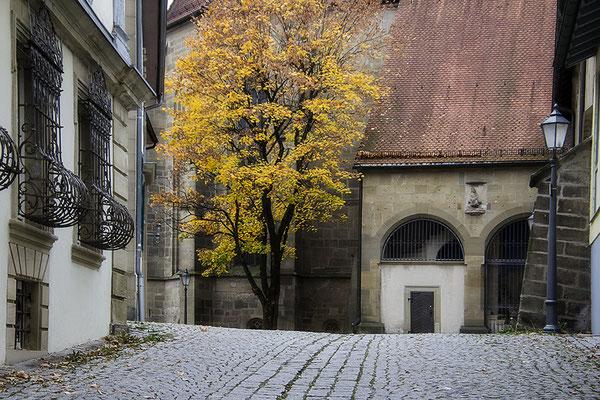 Der Weg zur Kirche / Öhringen - © Helga Jaramillo Arenas - Fotografie und Poesie / Januar 2019