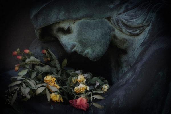 Die Traurigkeit der nicht gelebten Liebe - © Helga Jaramillo Arenas - Fotografie und Poesie / April 2015