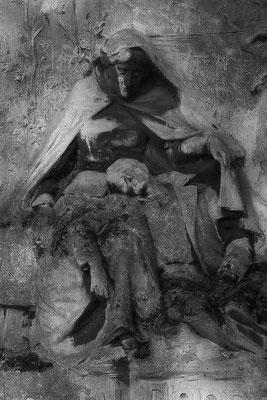 Die Sinnlosigkeit jeglichen Kampfes - © Helga Jaramillo Arenas - Fotografie und Poesie / Dezember 2015