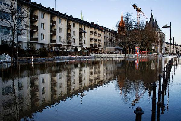 Die Stadt im Wasser (2) - © Helga Jaramillo Arenas - Fotografie und Poesie / Januar 2011