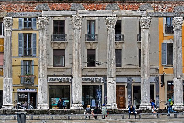 Corso di Porta Ticinese (2)  / Mailand - © Helga Jaramillo Arenas - Fotografie und Poesie / Juni 2013