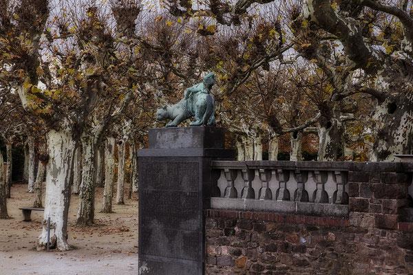 Eintritt in fremde Welten / Darmstadt Mathildenhöhe - © Helga Jaramillo Arenas - Fotografie und Poesie / November 2017